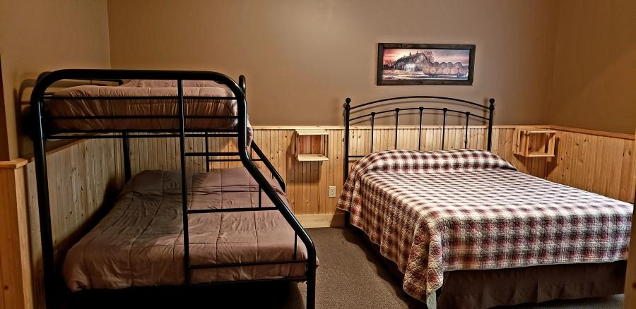 Master bedroom East