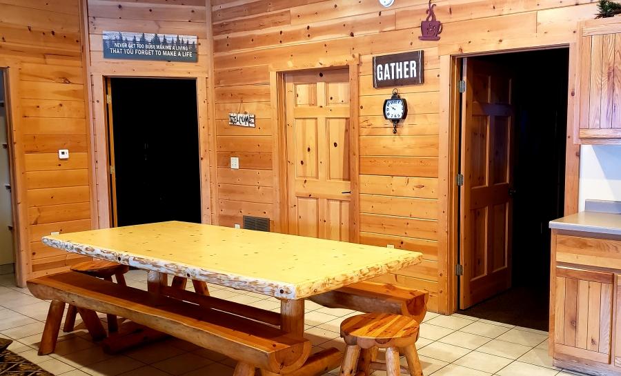 8 ft log table